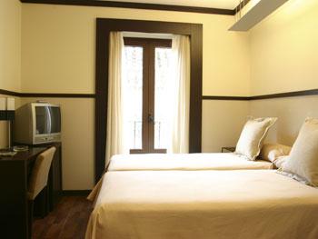 Exploreseville Com Hotel Alminar Sevilla
